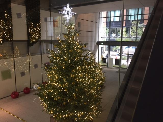 事務所ビルのクリスマス
