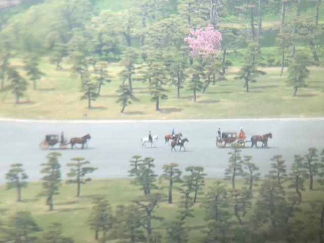 皇居前の馬車
